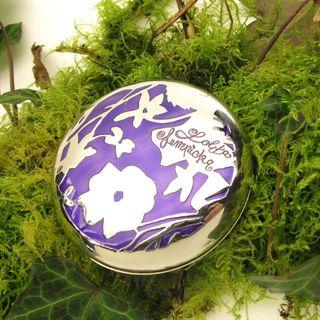 Petit-poudrier-à-parfum-concrète-Premier-Parfum-Lolita-Lempicka-design-Michel-Charrier-