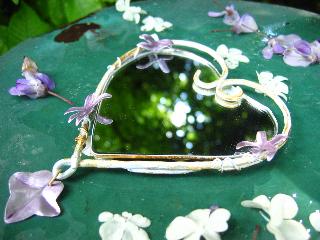 miroir-de-fée-Lolita-lempicka-design-Michel-Charrier