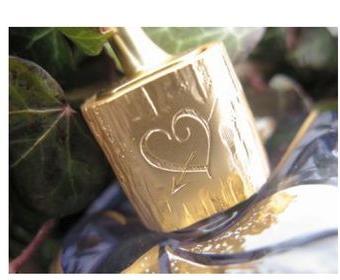 Coeur-gravé-design-graphique-Michel-Charrier-pour-Lolita-Lempicka-Parfums